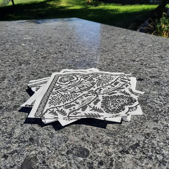 Scherenschnitt Papierservietten